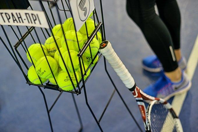 Как научиться играть в большой теннис новичку
